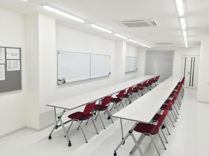 ミーティングスペース・教室.jpg